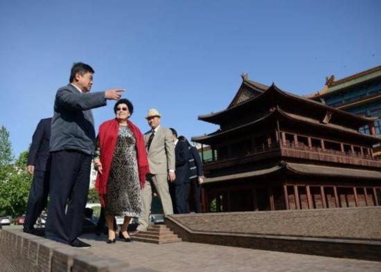 北京城绝世之作 紫檀及阴沉木复制十六座古城门