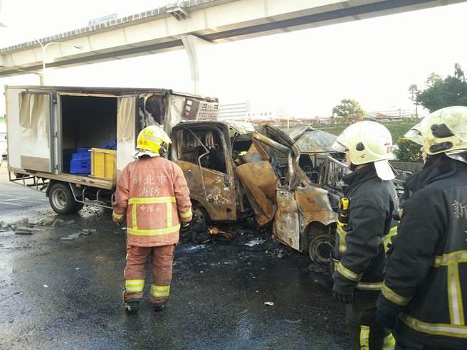 mg电子游戏摆脱网址:台湾高速公路发生火烧车事故_6车连环撞3人死亡