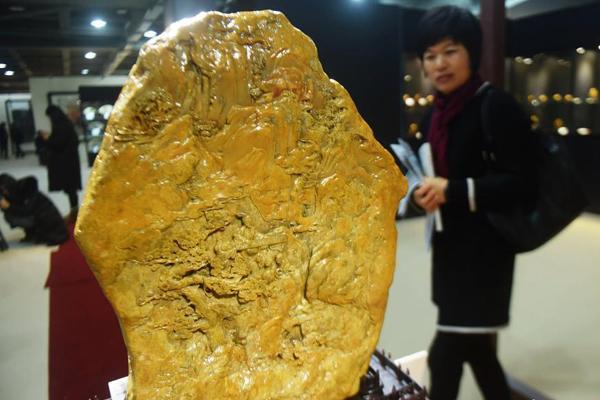 巨型田黄石雕亮相杭州 估价超过十亿元