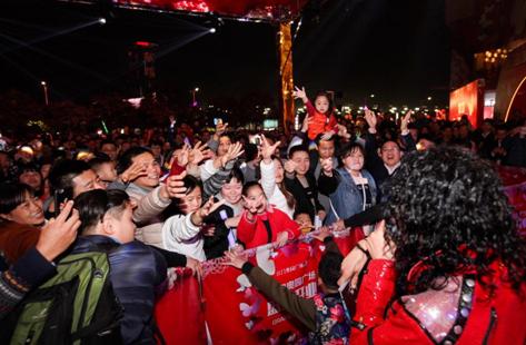 杰克逊主题音乐节点燃江门,王杰克逊热歌劲舞备受瞩目