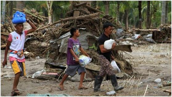 菲律宾遭遇强热带风暴袭击  已致至少200人死亡
