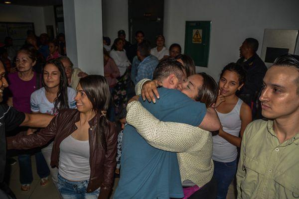 委内瑞拉总统马杜罗宣布释放69名政治犯