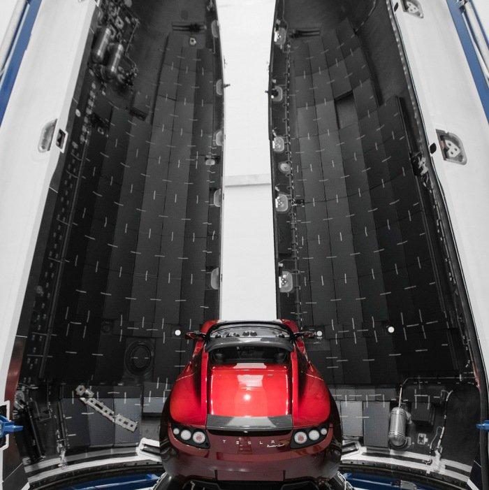 马斯克是认真的 特斯拉Roadster火星任务图公布