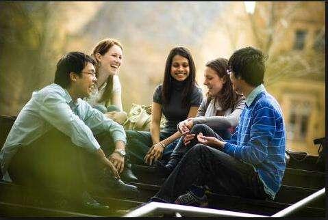英媒:中国留学生常遇误解怎么办?了解异国礼仪很关键