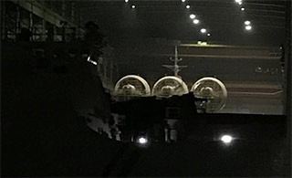 第二艘国产野牛船厂内亮相 在建舰船扎堆