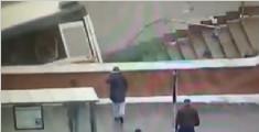 莫斯科一公交冲进地下通道 圣诞节造成5人死亡
