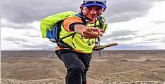 男子从德国跑步来中国:跑了11249公里 穿烂40双鞋