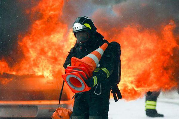 俄紧急情况部举行消防演练 为2018年世界杯作准备