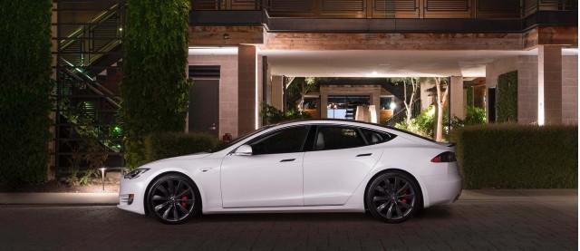 特斯拉Model S与Model X将标配四轮驱动系统