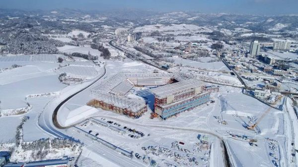 平昌冬奥赛场有多冷?外媒记者:室外半小时笔尖就被冻住