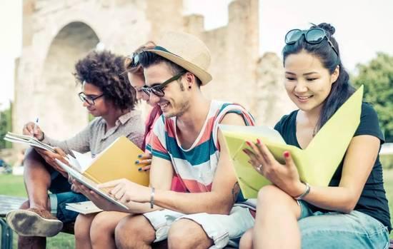 留学生国外求学生活 需谨慎提防安全隐患