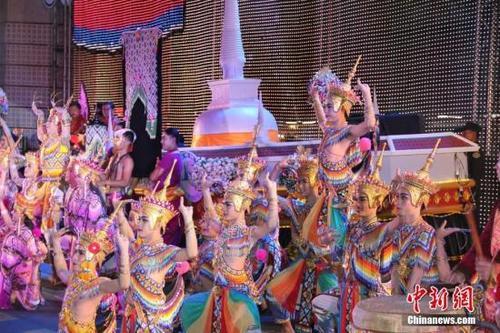 媒体:中国新婚夫妇赴泰国旅游被遣返 只因没带够钱