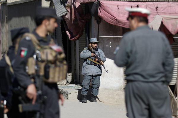 阿富汗首都发生爆炸 造成至少40人死亡