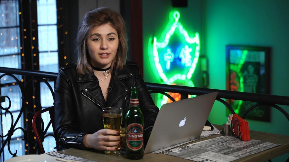 中国啤酒助俄罗斯女孩远赴南极寻父