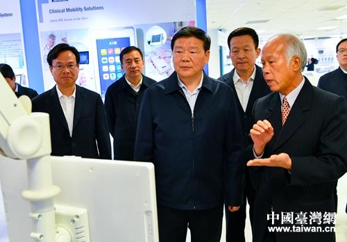江苏省台办主任杨峰发表致台湾同胞新年贺词(全文)