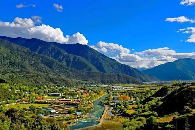 西藏仅有的2条高速公路,穿山过河颜值爆表还不收费!
