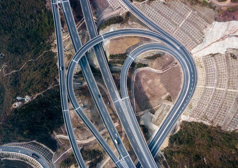 济南最大的立交桥投入使用