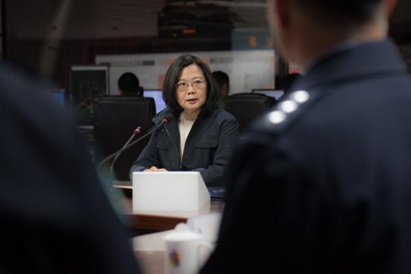 邱毅预言:蔡当局这3做法将使2018两岸情势更加凶险