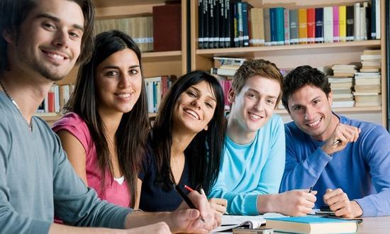 美國大學到底看重什么 成績是第一個標準