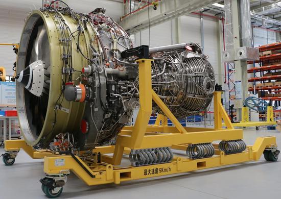 中国首台国产大型客机发动机验证机装配完成(图)