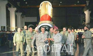 巴基斯坦第100架枭龙战机下线