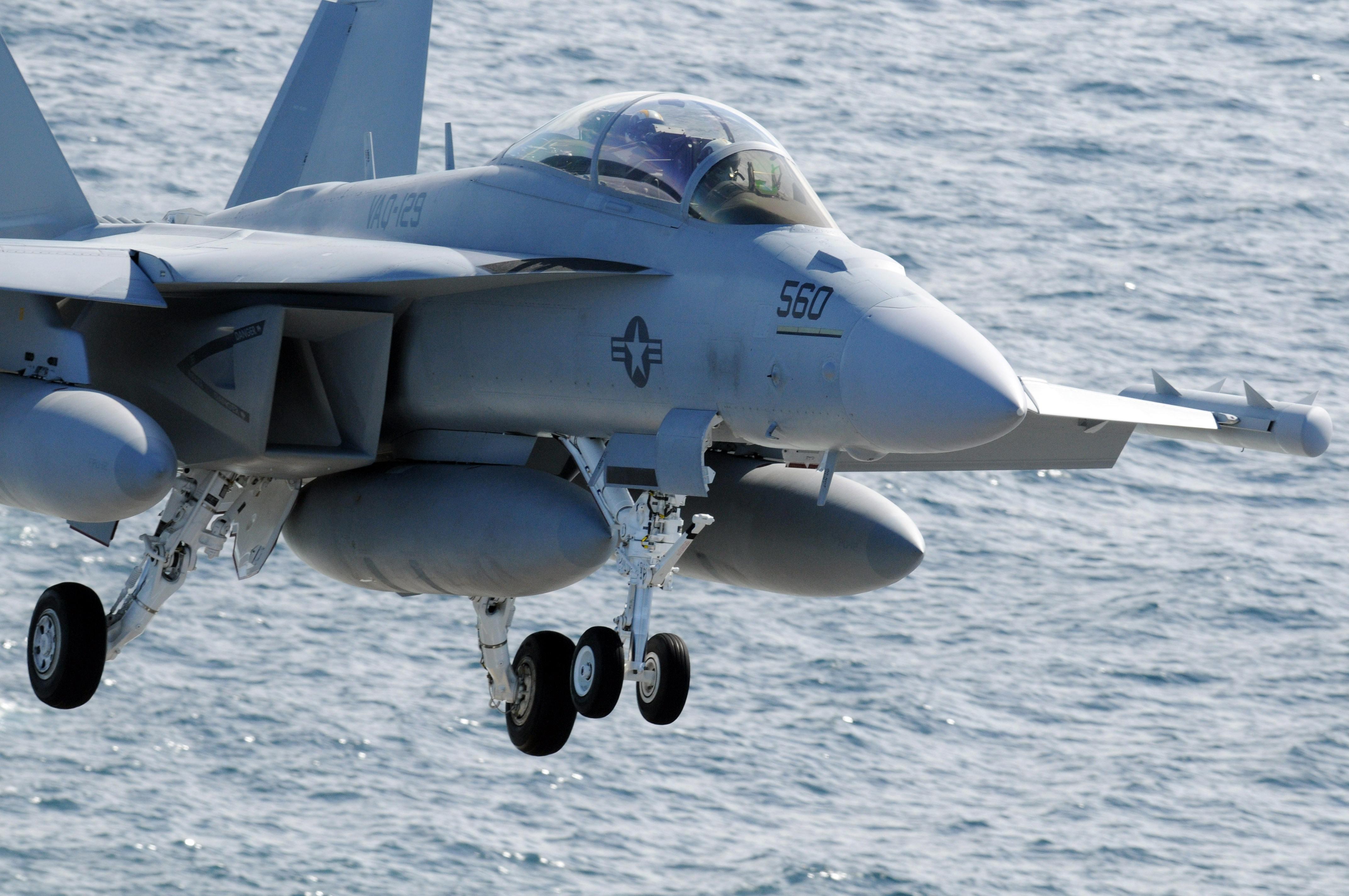 日本想用EA18G战机对抗中国?面对歼20有两大作用