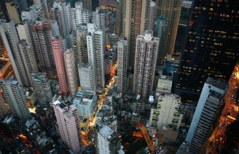 头晕目眩 航拍高密度的香港大楼