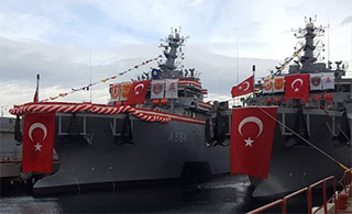 土耳其很得意:一口气接收两艘潜艇救援船