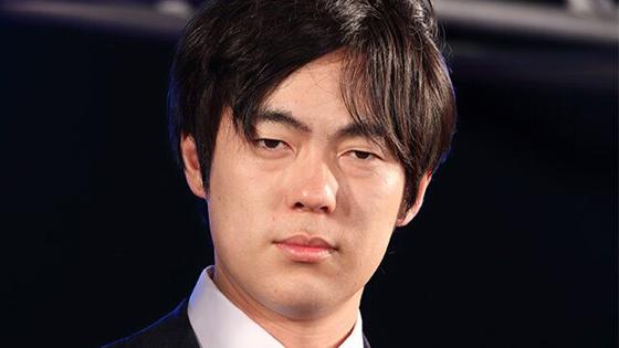 """日本艺人:若钓鱼岛被""""入侵"""" 举白旗投降就好"""