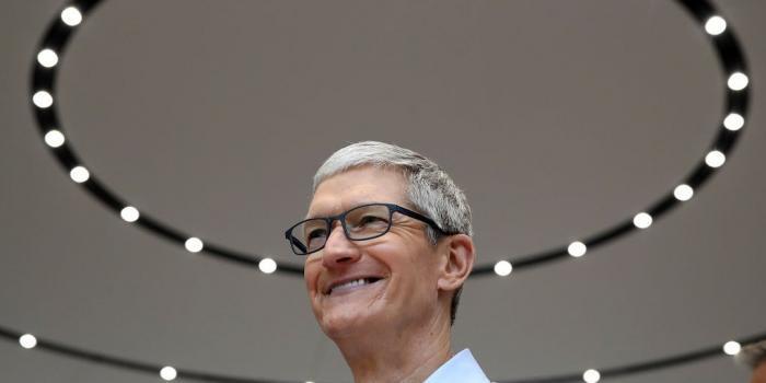 苹果高管薪酬:CEO库克排最末,谁的工资最高?