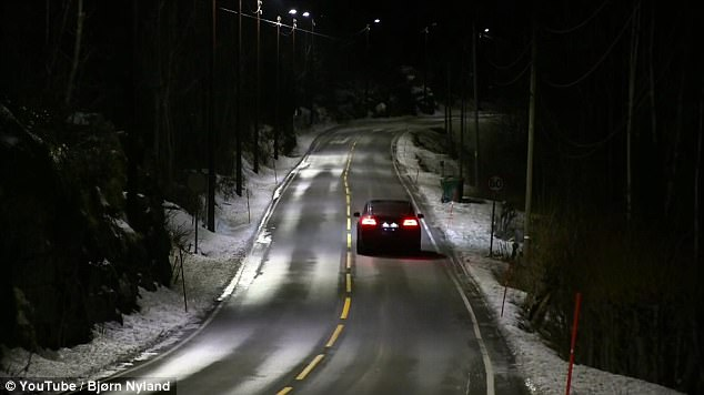挪威推出感应式LED路灯 可探测车辆调节亮度