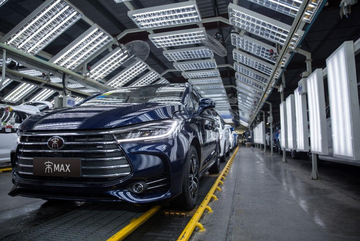 可享四重购车礼包 宋MAX12月销量突破25000台