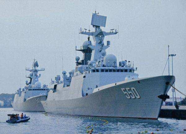 中国海军054A型护卫舰下水 比美濒海舰档次高?