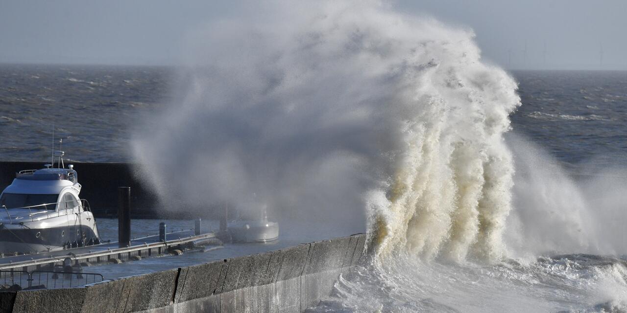 法国接连遭遇暴风 橙色预警范围扩展至48省