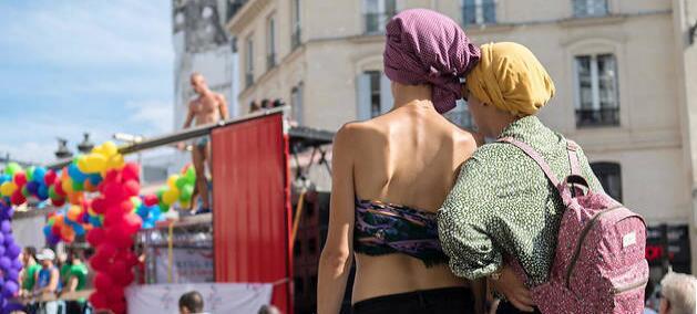 调查:6成法国人支持女性伴侣借助医学辅助生育魂来枫林青