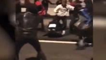 巴黎同天遭袭警多起:女警像布娃娃被暴徒踢来踢去