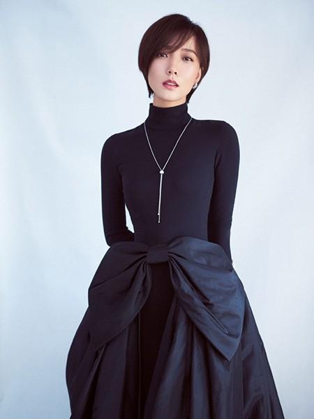 """好身材新标准 王珞丹的""""蝴蝶腰""""美出天际"""