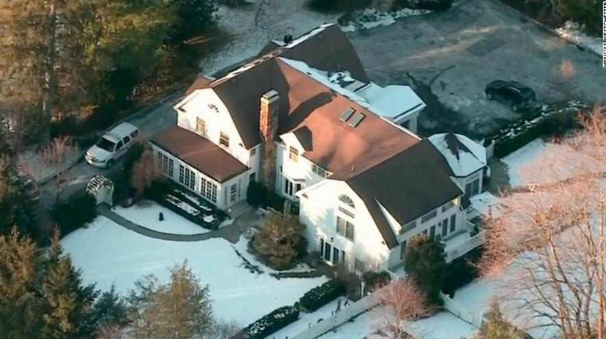 克林顿与希拉里纽约房产内特工处着火 无人员伤亡