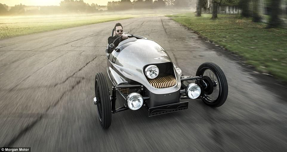 经典与新能源的碰撞 摩根三轮电动汽车3月亮相