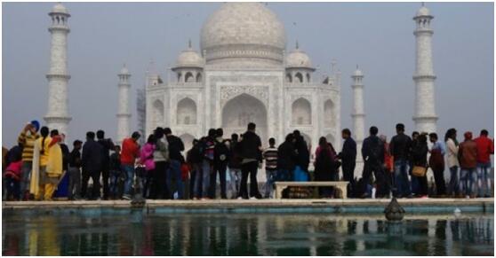 印为保护泰姬陵将限制本国参观人数 每日限4万人