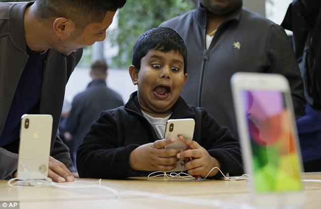 韩媒:LG将为苹果iPhone XL生产6.5英寸大屏