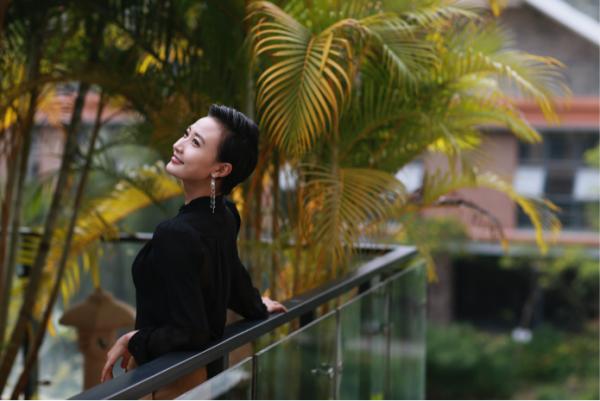 实力演员阎娜:不懂得生活的演员不是个好投资人