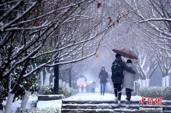 胜博发电子游戏大全:中央气象台发布暴雪橙色预警:安徽江苏局地大暴雪