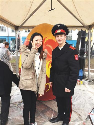 """中国元素走向全球 海外学子:听到""""中国""""很亲切"""