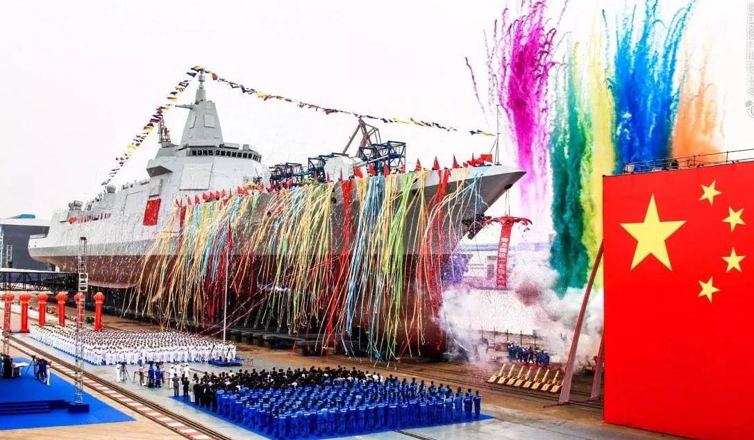 揭秘国产万吨级驱逐舰:各分段误差仅2到3毫米
