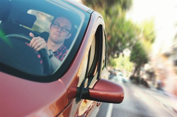 日产开发B2V汽车辅助驾驶技术:能读取驾驶员意图