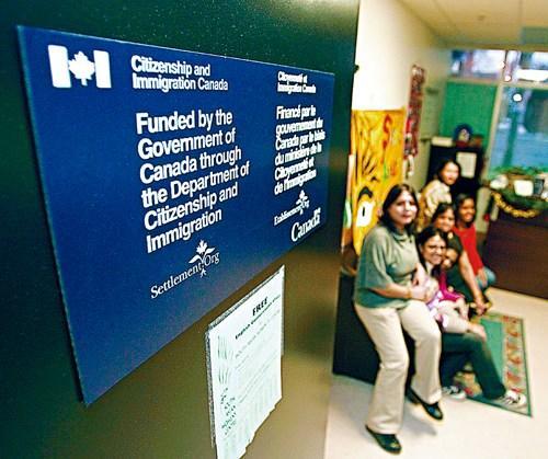 加拿大移民部申请系统复杂 律师建议设个人档案