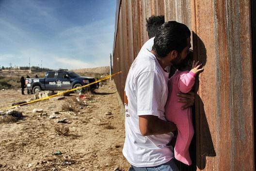 """特朗普首次开出""""边境墙""""修筑预算:第一阶段10年花1168亿元"""