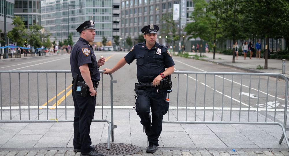 外媒:美国警察一年内枪杀大约上千人