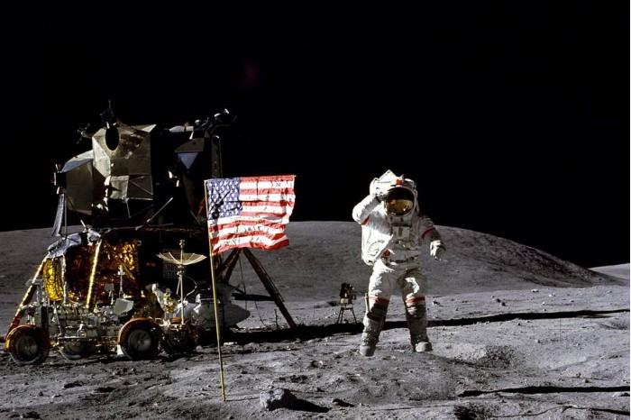 NASA元老级宇航员John Young去世,享年87岁